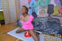 ghettogaggers-she-looks-like-beetlejuice-005
